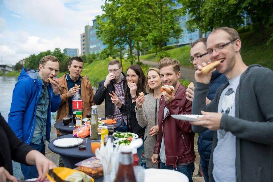 Teamgate celebrating neighbours day